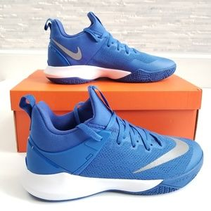 New NIKE Zoom Shift TB Sneakers